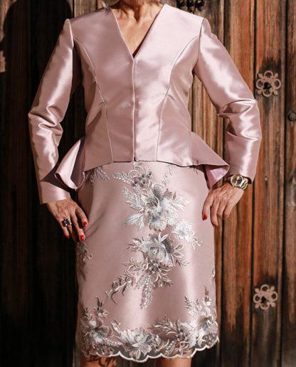 traje_rosa_chaqueta